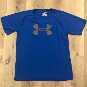 Boys youth XL Under Armour top